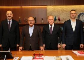 Erzurum Büyükşehir Belediye Başkanı Mehmet Sekmen, Başkan Hasan Can'ı Ziyaret Etti