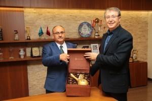 Ankara Sosyal Araştırma Merkezi (ANAR) Genel Müdüründen Başkan Hasan Can'a Ziyaret