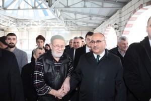 Başkan Hasan Can Cuma Namazı Sonrasında Vatandaşlarla Bir Araya Geldi