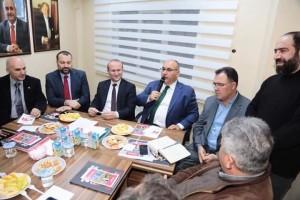 Başkan Hasan Can AK Parti Yamanevler Mahalle Teşkilatı Toplantısına Katıldı