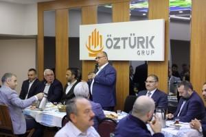 Başkan Hasan Can Esenevler Bölge Esnafı ile Bir Araya Geldi