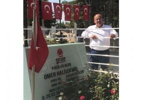 Başkan Hasan Can, Şehit Ömer Halisdemir'in Kabrini Ziyaret Etti