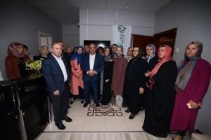 Ümraniye Belediyesi Uluslararası Fatıma Derneğine Aşure İkramında Bulundu
