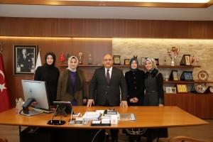 Ensar Vakfı Medya İletişim Birimi Hanım Komisyonu'ndan Başkan Hasan Can'a Ziyaret