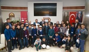 """Ümraniye Belediyesi """"Biz Anadoluyuz Projesi"""" Kapsamında Hakkâri'den Gelen Öğrencileri Ağırladı"""