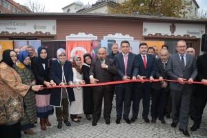 """Ümraniye Belediyesinden """"AK Kadın İstanbul Mahallesi- Arakan'a Yardım Evi'ni Uzat Projesi""""ne Destek"""