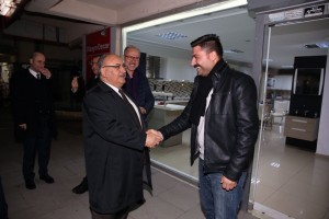 Başkan Hasan Can Atakent Mahallesi Bölge Esnafını Ziyaret Etti