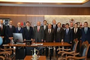 İstanbul Büyükşehir Belediye Başkanı Mevlüt Uysal Ümraniye Belediyesini Ziyaret Etti