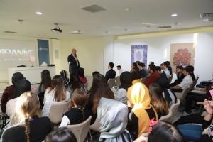 Ümraniye Belediyesi Stajyerleri Gazeteci – Yazar Abdurrahman Dilipak'ı Dinledi