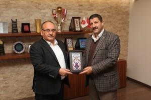 Manisa Demirci İlçe Belediye Başkanı Selami Selçuk'tan Başkan Hasan Can'a Ziyaret
