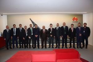 Başkan Hasan Can'dan HUAWEİ Teknoloji Türkiye Ofisine Ziyaret