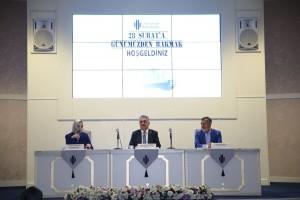 """Ümraniye Belediyesi """"28 Şubat'a Günümüzden Bakmak"""" Konulu Panel Düzenledi"""