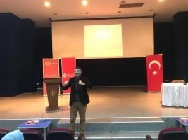 Akademi Genç'e Bu Hafta Klinik Psikolog Dr. Faruk Öndağ Konuk Oldu