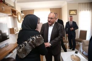 Başkan Hasan Can, AK Parti Ümraniye İlçe Başkan Yardımcısı Salim Çetinkaya'nın Annesi İçin Geçmiş Olsun Ziyaretinde Bulundu