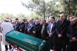 Başkan Hasan Can AK Parti Ümraniye Parseller Mahalle Başkanı Adil Çerkez'in Eşinin Cenazesine Katıldı