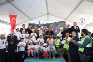 Ümraniye Belediyesi İlçeye Kalıcı Eserler Kazandırmaya Devam Ediyor