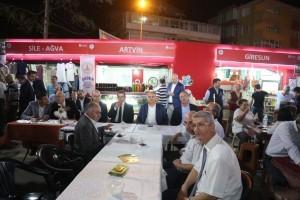 Başkan Hasan Can, Santral Etkinlik Alanı'ndaki Artvinliler Derneğinin Standını Ziyaret Etti