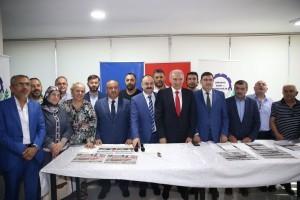 İstanbul Büyükşehir Belediye Başkanı Mevlüt Uysal ve Ümraniye Belediye Başkanı Hasan Can Ümraniye Esnaf ve Sanatkârlar Odasını Ziyaret Etti