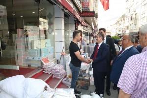 Milli Savunma Bakanı Nurettin Canikli, Ümraniye Belediye Başkanı Hasan Can ve AK Parti Ümraniye İlçe Başkanı Av. Mahmut Eminmollaoğlu, Esnaf Ziyaretlerinde Bulundu
