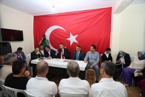 Milli Savunma Bakanı Nurettin Canikli, Ümraniye Giresun Çanakçı Derneğini Ziyaret Etti