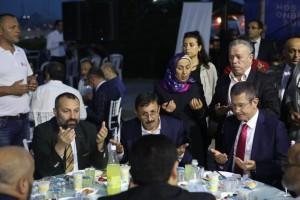 Milli Savunma Bakanı Nurettin Canikli, Ümraniye Belediyesi Tarafından Düzenlenen Kastamonulu Hemşehriler İftarına Katıldı