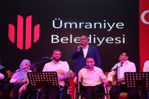Başkan Hasan Can, Ümraniye Belediyesi Engelliler Korosunun İlahilerine Eşlik Etti