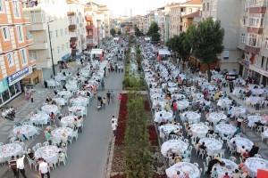 Ramazan Ümraniye'de Dolu Dolu Yaşandı
