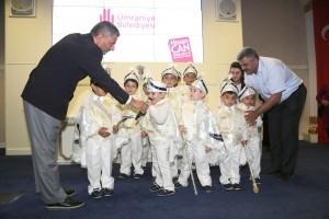 Ümraniye Belediyesi, 15. Geleneksel Sünnet Şöleni İçin Kıyafet Dağıtımını Gerçekleştirdi