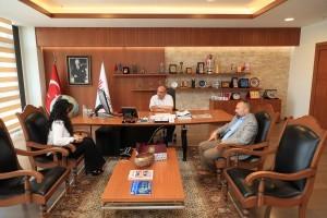 Adem Yavuz Ticaret Odası İlköğretim Okulu Müdürü Sibel Tileninoğlu Başkan Hasan Can'ı Makamında Ziyaret Etti
