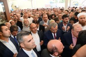 Başkan Hasan Can, Beykoz Belediye Başkanı Yücel Çelikbilek'in Vefat Eden Annesinin Cenazesine Katıldı
