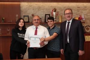 Ümraniye İlçe Milli Eğitim Müdürü Süleyman Gökçimen ve Nevzat Ayaz Anadolu Lisesi Öğrencileri'nden Başkan Hasan Can'a Ziyaret