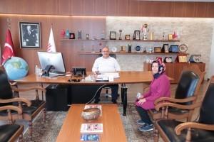 AK Parti Ümraniye Namık Kemal Mahallesi Kadın Kolları Yönetim Kurulu Üyesi Selamet Şahan'dan Başkan Hasan Can'a Ziyaret
