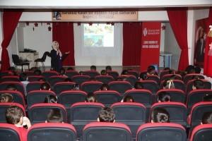 Şehit Öğretmen Sevda Aydoğan İlkokulu'nda Öğrencilere Çevre Eğitimi Verildi