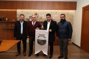 Niğde Çayırlı Köyü Derneği'nden Başkan Hasan Can'a Ziyaret