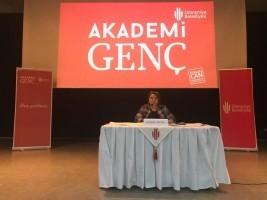 Akademi Genç'in İlk Konuğu Gazeteci-Yazar Fadime Özkan Oldu
