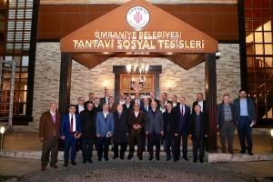 Başkan Hasan Can, AK Parti İlçe Teşkilat Temsilcileri, Refah Partisi ve Fazilet Partisi Yönetimleri ve Üyeleri İle Bir Araya Geldi