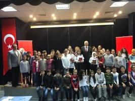 Ümraniyeli Çocuklar İstiklal Marşı'nı En Güzel Şekilde Okumak İçin Kıyasıya Yarıştı