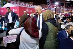 Başkan İsmet Yıldırım  Ramazan Etkinlik Alanındaki Dernek Stantlarını Ziyaret Etti