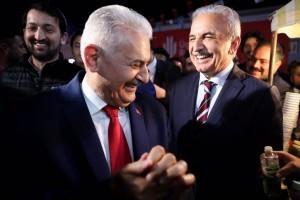 AK Parti İstanbul Büyükşehir Belediye Başkan Adayı Binali Yıldırım Ümraniyelilerle Buluştu