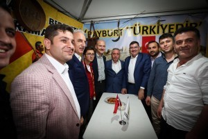 Bakan Süleyman Soylu Ümraniye Etkinlik Alanı'nda Hemşehri Derneklerini Ziyaret Etti