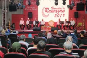 Ümraniyeliler Kadir Gecesi'nde de Ramazan Etkinlik Alanı'nda Buluştu