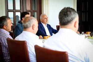 Başkan İsmet Yıldırım Ümraniye'deki Spor Kulüp Yöneticileriyle Bir Araya Geldi