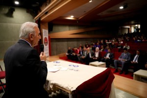 Ümraniye Belediye Başkanı İsmet Yıldırım, İlçedeki Beden Eğitimi Öğretmenleri ile Buluştu