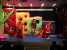 Ümraniye'de Çocuk Tiyatroları Perdelerini Açtı