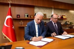 Ümraniye Belediyesi İlçe Millî Eğitim ile İşbirliği Protokolü İmzaladı