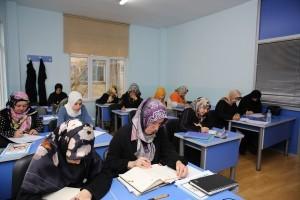 Ümraniye Belediyesi Dil Akademisi Eğitimlere Başladı
