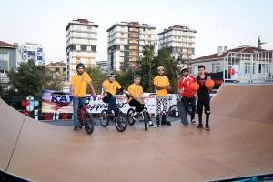Ümraniye'nin İlk Kaykay Parkı Açıldı