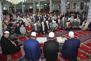 Ümraniye'de Mevlid Kandili Dualarla İdrak Edildi