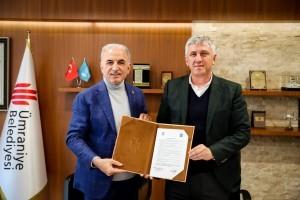 Ümraniye Belediyesi Of Belediyesi ile Kardeşlik Protokolü İmzaladı