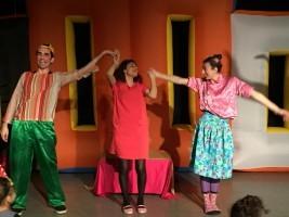Ümraniyeli Çocukların Tiyatro Keyfi Devam Ediyor